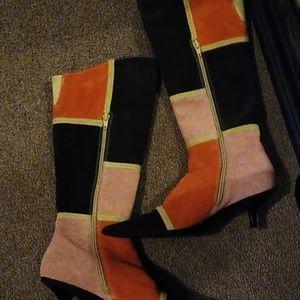 Boots kitten heel/ look great with sweater dresses